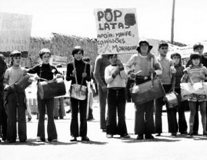 Concentração na Arrábida – 17 de Maio de 1975. Fotografia de Alves Costa. Centro de Documentação 25 de Abril
